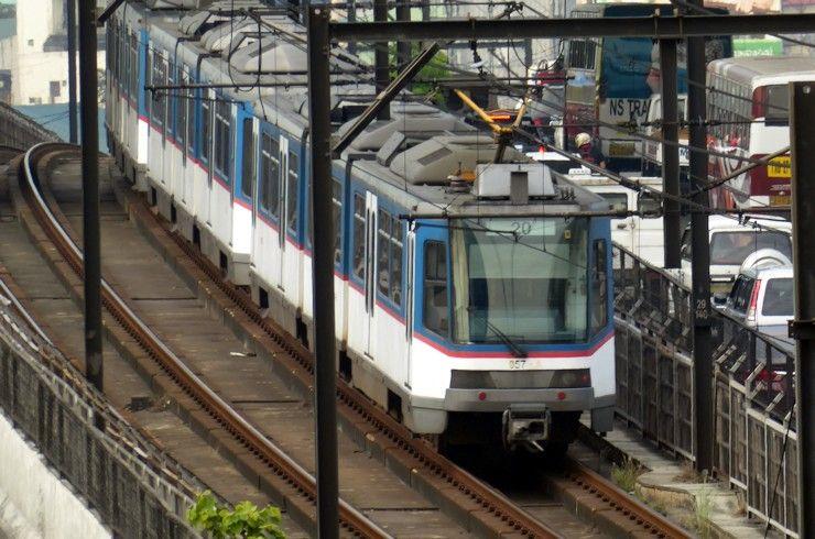 「フィリピン 電車 韓国 内容」の画像検索結果